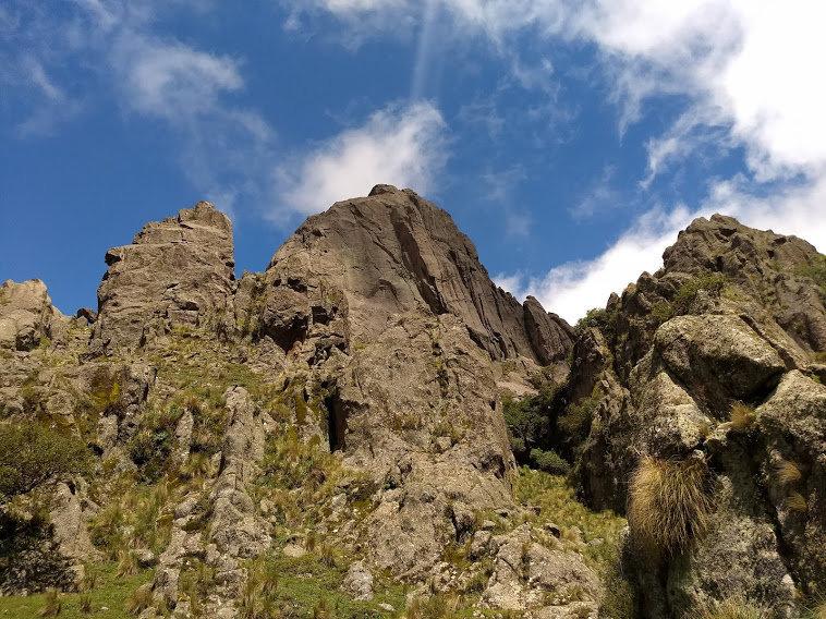 Los Gigantes Cerro de la Cruz